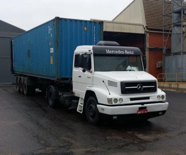 20200626_caminhão_mercedes.jpeg