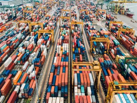Por que o custo dos containers para a China explodiu?