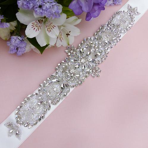 Ceinture de mariage cristaux et perles blanches