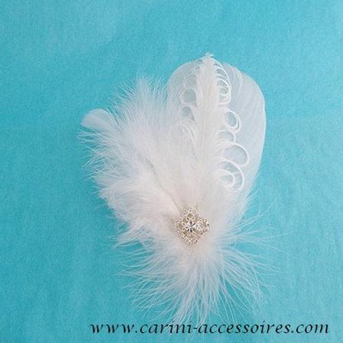 Peigne ou clip en plume blanche