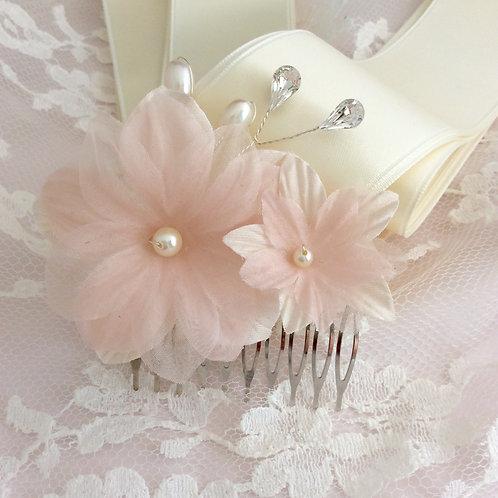 Peigne fleurs en soie