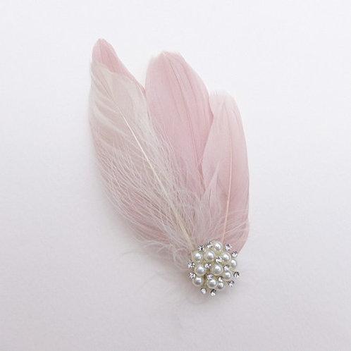 Peigne ou clip en plume couleur blush