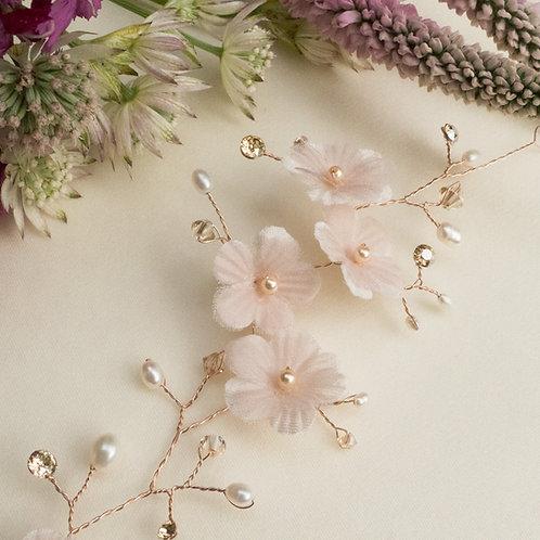 Vigne de cheveux fleur en soie rose blush