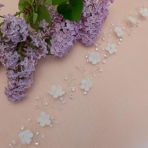 Vigne de Cheveux avec fleurs en soie