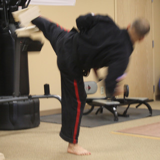 Master Dek-Lt. Sliding Side Kick (3 boar