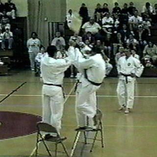 Master Dek-Jumping Front Kick Break (1 B