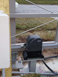 SEA sliding rack operator