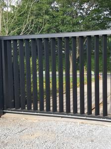 Aluminum gate, sliding rack gate operator