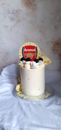 Vanilla arsenal cake.jpg