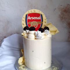 Vanilla arsenal cake