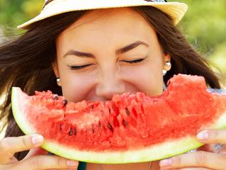 8 reemplazos de alimentos que te ahorrarán muchas calorías