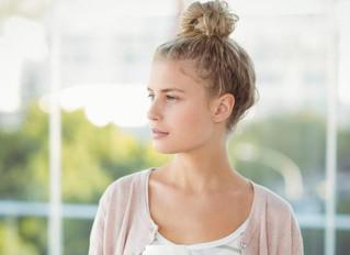 Médico alerta que este clásico peinado puede ser perjudicial para la salud y no tenías idea