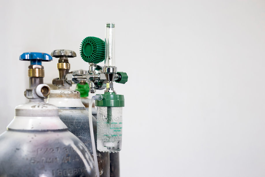 oxygen-cylinder-regulator-gauge.jpg