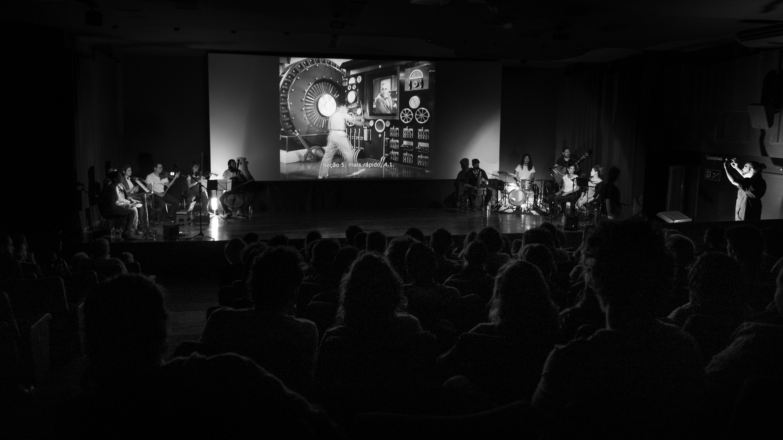 Cineconcerto Tempos Modernos