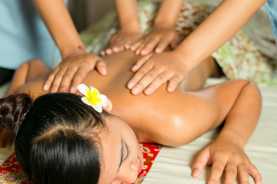 Four Hands Fusion Massage