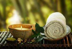 Аромо масло и полотенце
