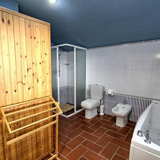 83893330bathroom villa groundfloor.jpg
