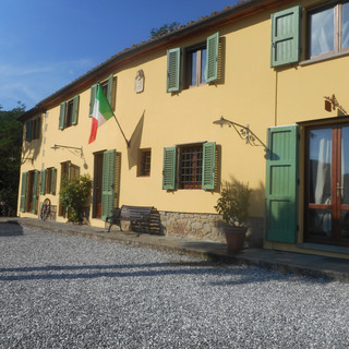Villa Cecchini front of house