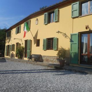 Villa Cecchini front of house
