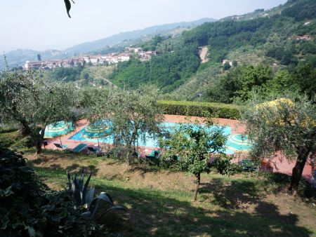 Pool over looking Massa e Cozzile tuscan hills