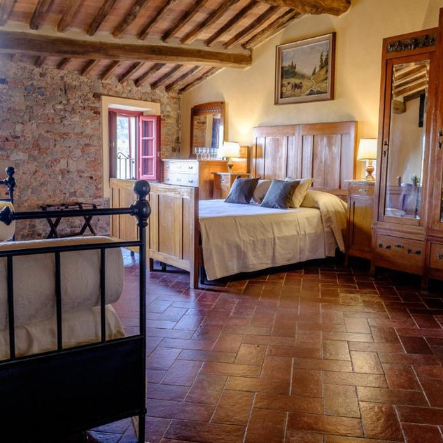Family Suite San Gennao Castello Bed and Breakfast