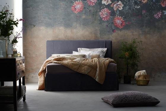 SCHRAMM Gala 18-S Change Bed