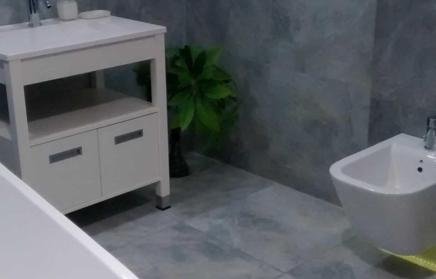 porcelanatos para baños