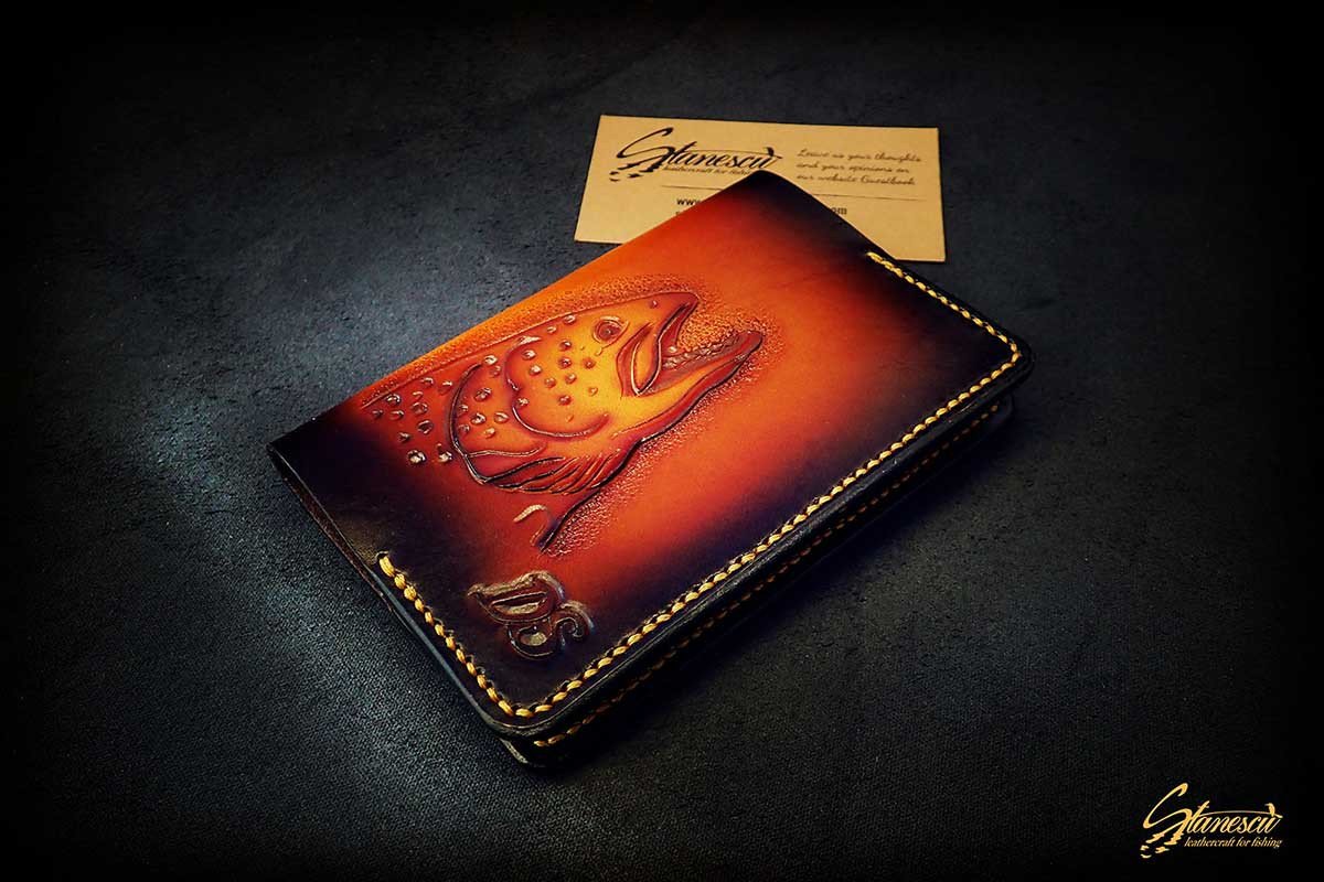 Fly-fishing-leather-license-holder-01.jp