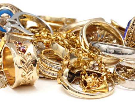 Buying & Selling Gold with Us at Reigning Jewels
