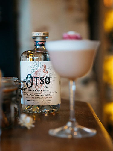 Gin Otso Less is More