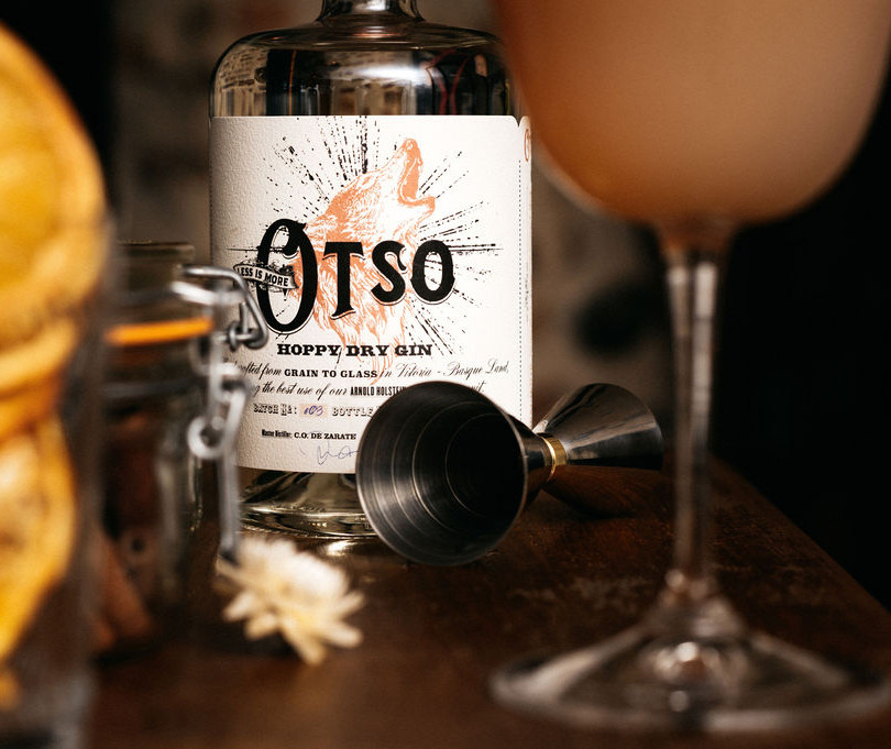 GIN OTSO LESS IS MORE COCKTAIL