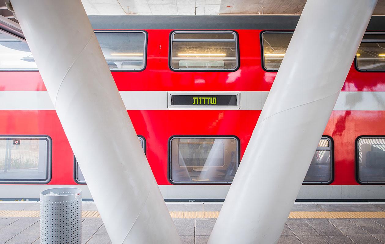 011-Track-Hall-6(Gal-Deren)_SDEROT.jpg