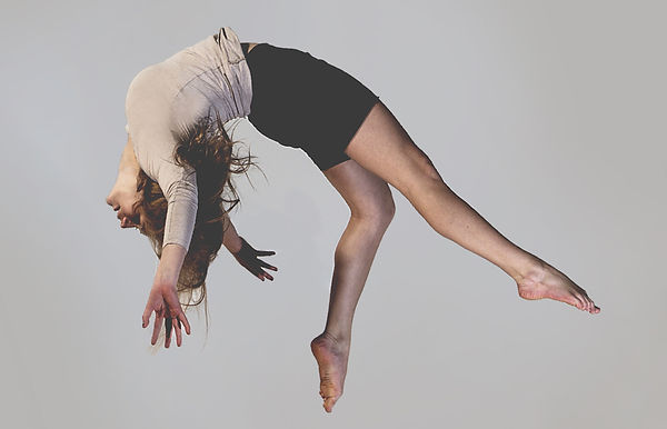 Circu performer Ghia Lumia