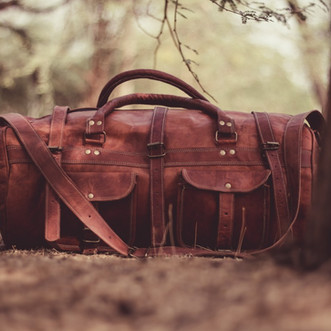 15 Essential Items I Always Travel With