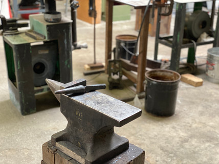 Blacksmithing anvil