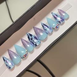 Custom Press-On Nails