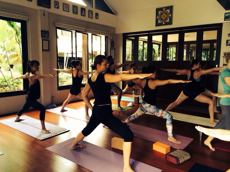 Tuesday Flow Yoga ( waiting list)