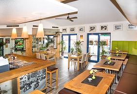 Cafe; Hallein; Zielgerad; HN-Design; Lokal