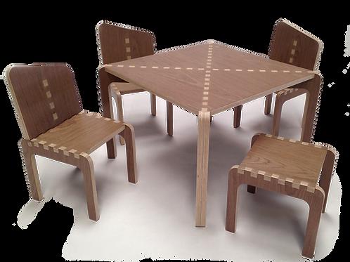 Mesas y Sillas Nogal. Agotado