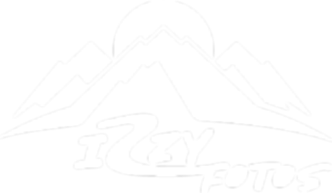 IzzyFotos logo