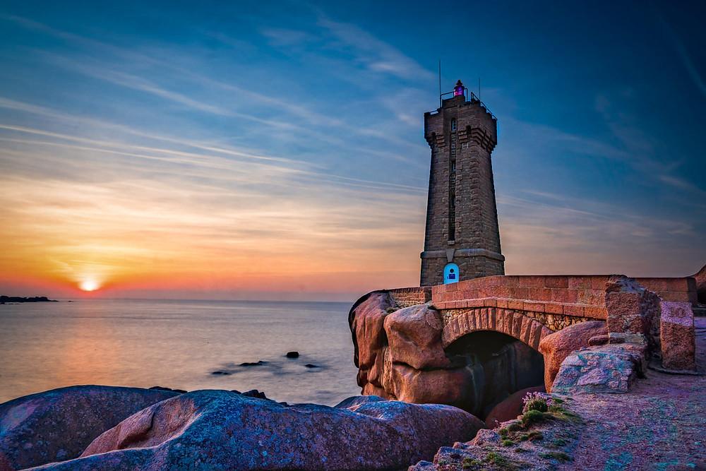 Mean Ruz lighthouse at sunset