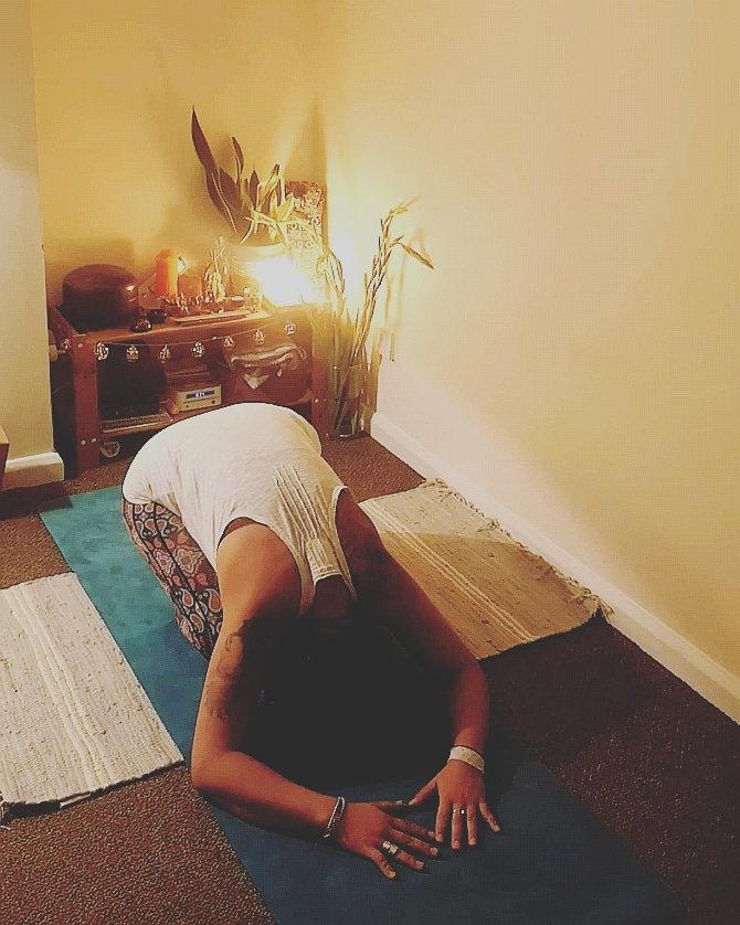 Restorative Yin Yoga - online 8:15pm