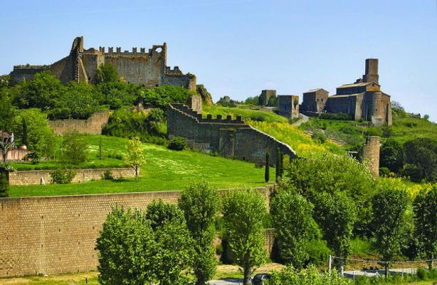 Tuscany, Colli della Regina LAND AND HISTORY
