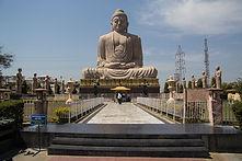 Great_Buddha_Statue,_Bodh_Gaya.jpg