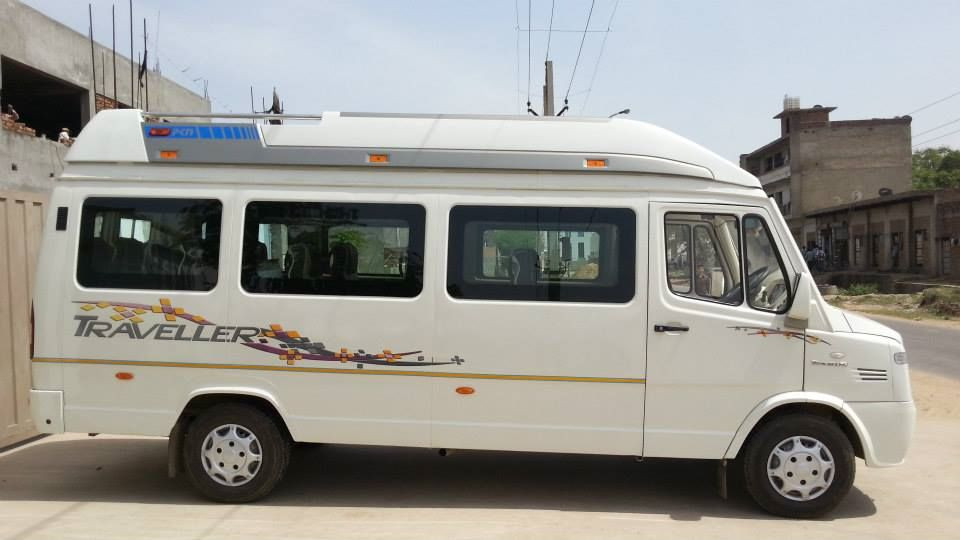 Luxury Tempo-Traveller