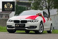BMW_320i_White-4_tqinj6.jpg