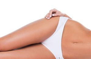 Épilation bikini contour