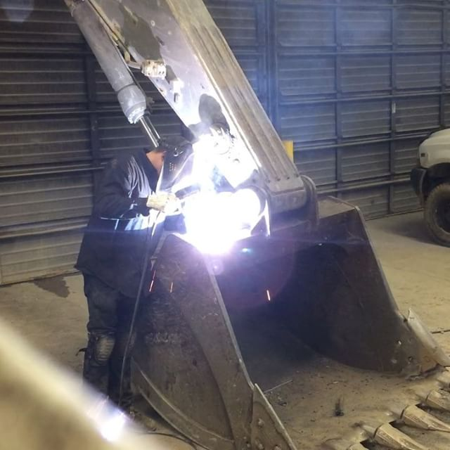 16_ diameter E7018 making it faster with big welds.jpg