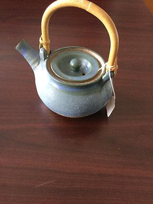 Ceramic tea pot w/wooden handle