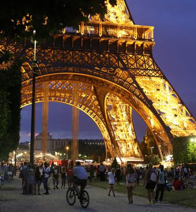 Winner - Evening in Paris - Wendy.JPG